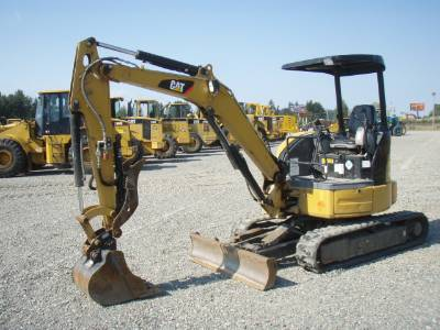 Where to find EXCAVATOR, 8-9K LB, 20  DIG BUCKET in Plattsburgh