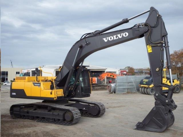 Where to find Excavator, 70K LB -74K LB in Plattsburgh